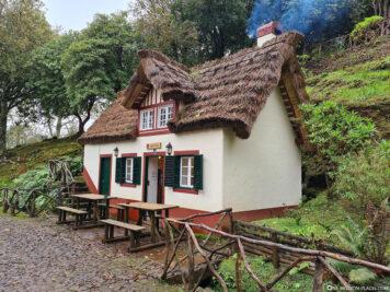Die Schutzhütte von Queimadas