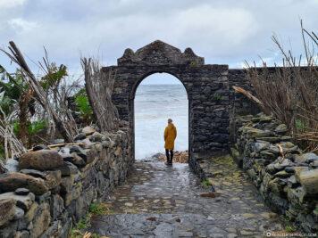 Das Eingangstor von Calhau