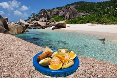 A delicious lunch on the beach