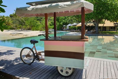 The ice cart